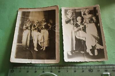 zwei tolle alte Fotos -  drei hübsche Frauen in Kostümen - 30er Jahre - Hübsche Frau Kostüm