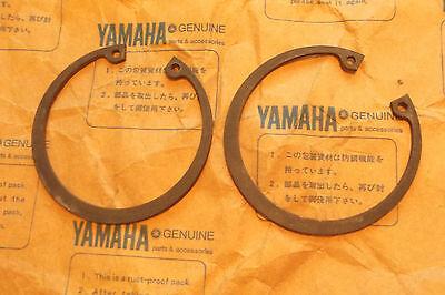 <em>YAMAHA</em> XS500  TX500  GENUINE  NOS  CRANK  BALANCER  CIRCLIPS    93420