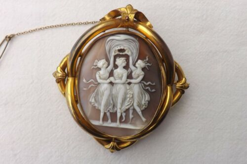 EXCELLENT ANTIQUE CAMEO IN PINCHBECK BROOCH BROACH 8CM by 7 CM PHOTO REVERSE
