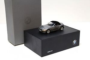 1:43 Norev BMW Z4 E85 Roadster grey DEALER NEW bei PREMIUM-MODELCARS