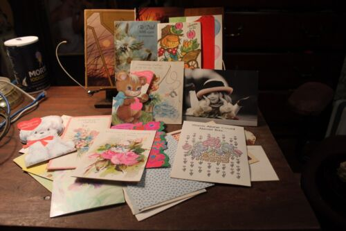 Vintage lot of 25 Greeting Cards 1970