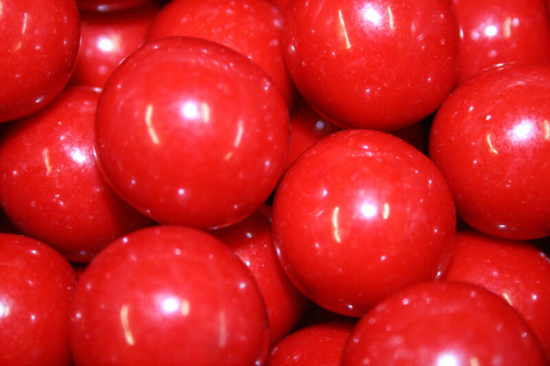 GUMBALLS RED 25mm or 1 inch (57 count), 1LB