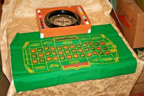 "Vintage 12"" Lowe Bakelite Casino Roulette Wheel w/ Felt Playing Surface & Chips"