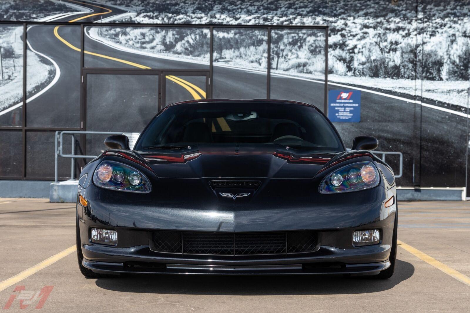 2012 Carbon Flash Metallic Chevrolet Corvette Z06  | C6 Corvette Photo 3