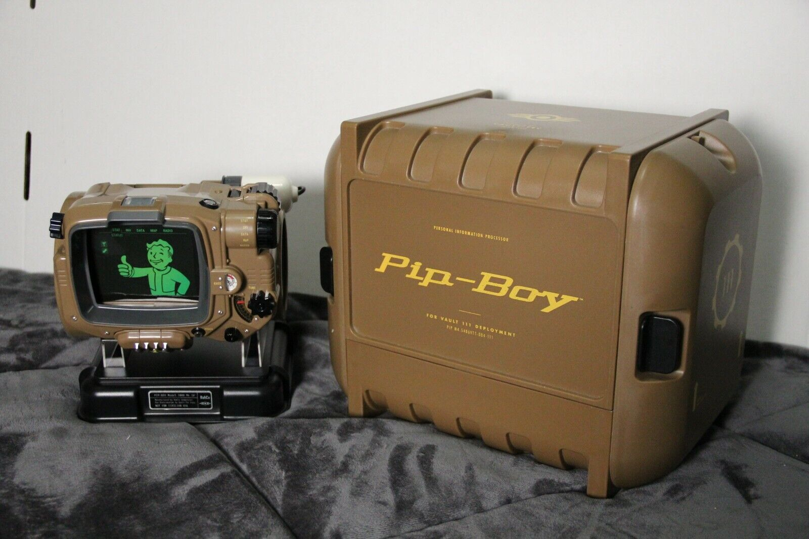 Fallout 4 Pipboy Collector s Edition Xbox One Pipboy Crate Only  - $70.00