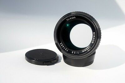 Nikon NIkkor 105mm f2.5 AI Telephoto Portrait Lens in excellent condition with e