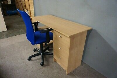Modern Oak Finish Desk And Office Chair