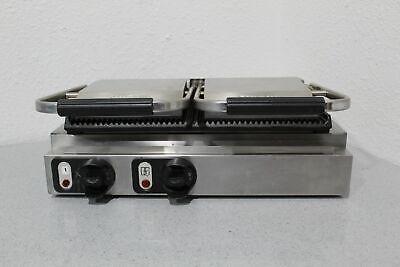Vollrath Cayenne 40795 Professional 220v Double Cast Iron Panini Sandwich Press
