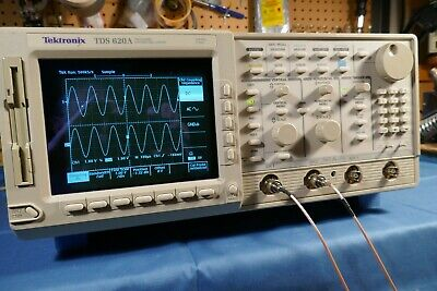 Tektronix Tds620a 2 Channel 2 500mhz 2gss Oscilloscope Complete With Probes