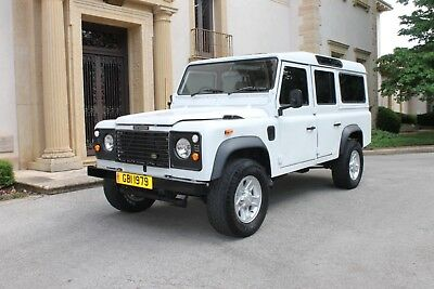 1989 Land Rover Defender County 1989 Land Rover Defender 110 County  Clean