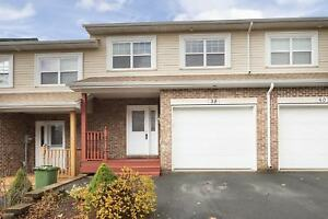Great Townhouse-Great Location!