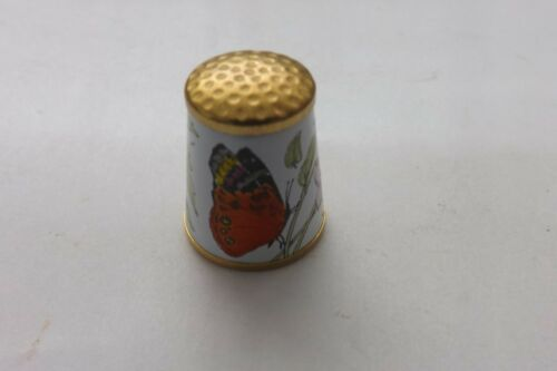 CRUMMLES ENAMEL THIMBLE VERY PRETTY FLOWER AND BUTTERFLY DESIGN 2CMS (1635)