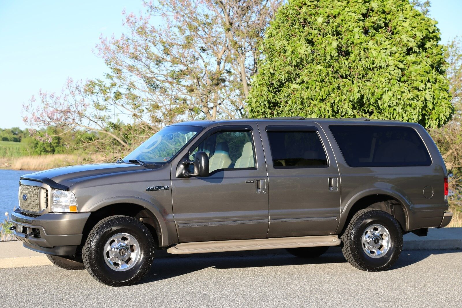 2003 ford excursion limited diesel low miles 2 owner nice 4x4 no reserve used ford. Black Bedroom Furniture Sets. Home Design Ideas