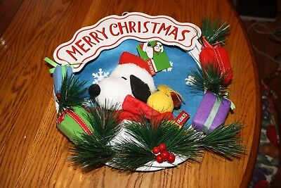 NEW W/ TAG Peanuts Gang Inspired Christmas Wreath Featuring Snoopy And Woodstock