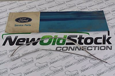 New Old Stock   Oem Ford   Door Edge Guard   D3my 5320910 A