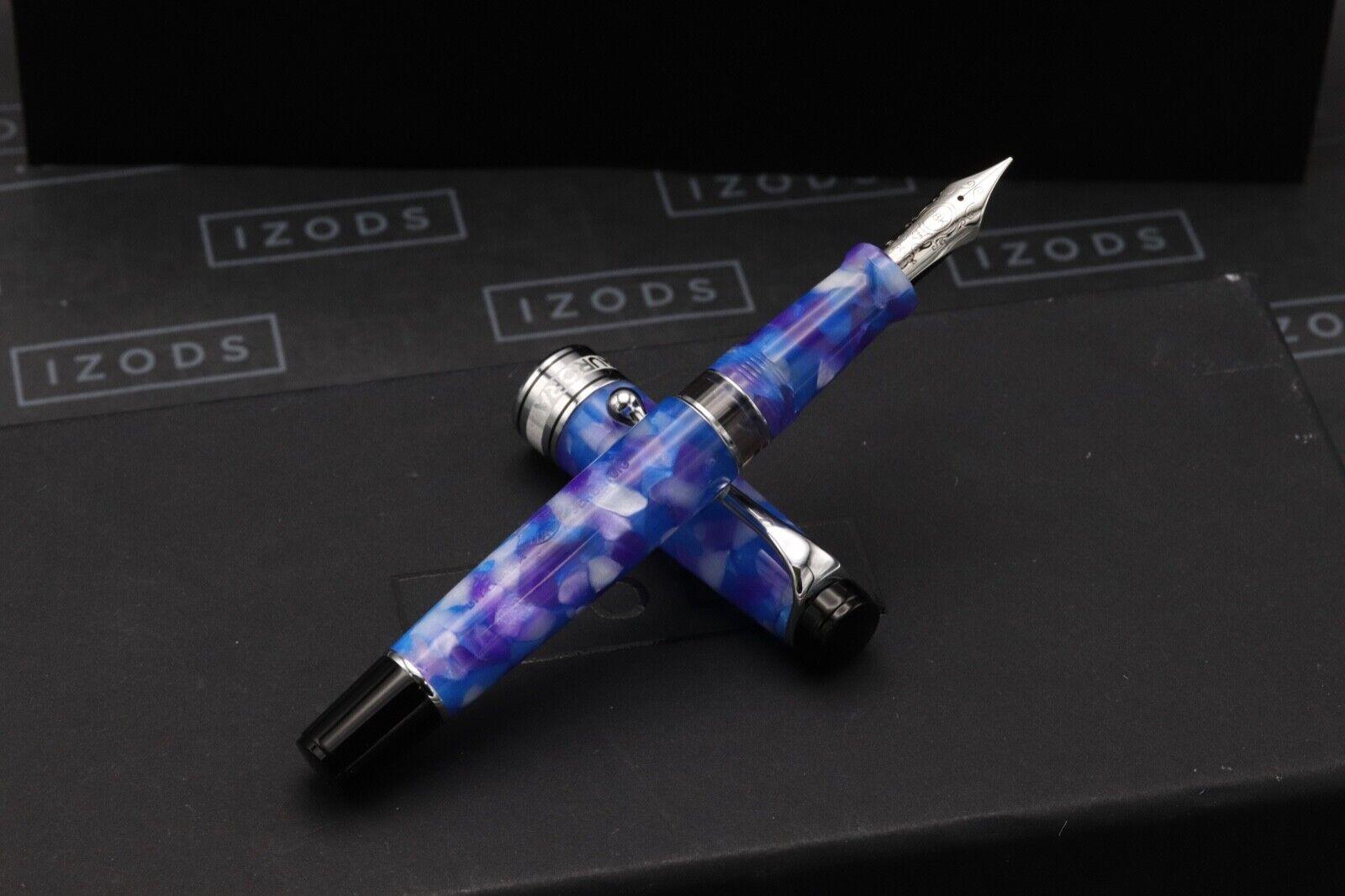 Aurora Optima Caleidoscopio Luce Blu Fountain Pen - NEVER INKED 1