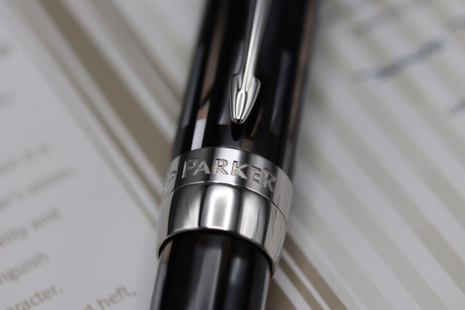Parker Duofold Senior Brown Limited Edition Fountain Pen - UNUSED 5