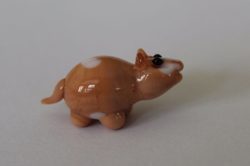 zzs GUINEA PIG MINIATURE GLASS FIGURINE little art mini house pet animal