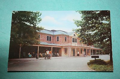 Vintage Postcard Williamsburg Lodge, Williamsburg, Virginia