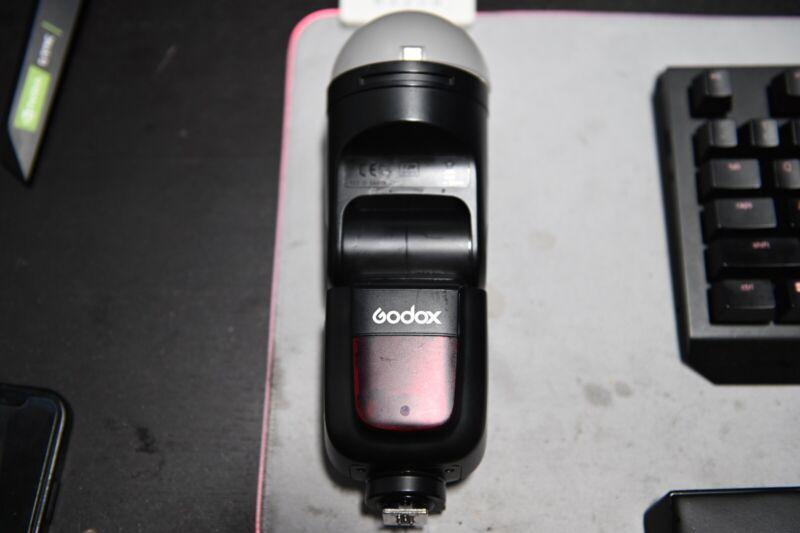 Godox V1-N TTL HSS Round Head Camera Flash 2.4G Wireless Speedlight for Nikon