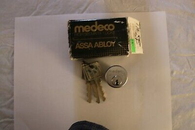 Medeco Mortise Cylinder 1 12-satin Nickel Biaxial Freedom Keys.