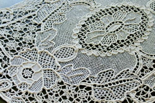 Vtg Antique Belgian Zele Lace Placemat Set Handmade Needlelace Point de Venise