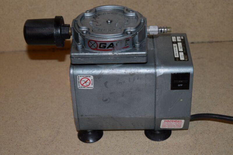 GAST DOA-V141-AA VACUUM PUMP COMPRESSOR