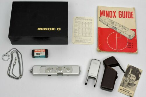 MINOX C Miniature Camera & Minox BC Flashgun, chain and more...