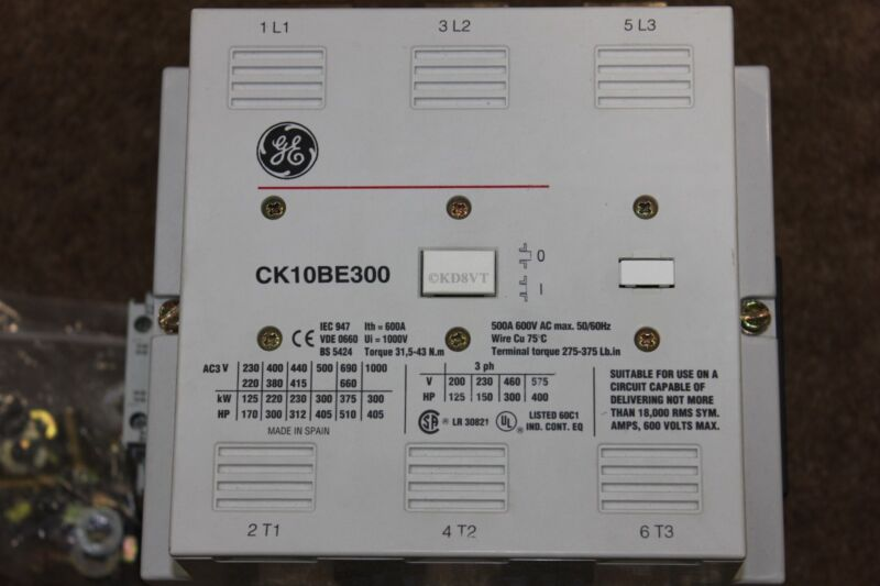 GE CK10BE300 Contactor Rated 500 Amps @ 600 Volts  1000 Volts Max