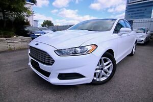 2014 Ford Fusion SE. Rearview Camera, Heated Seats, Bluetooth, P