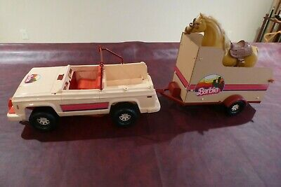 Vintage 1973 Barbie Jeep and Horse Trailer with Horse