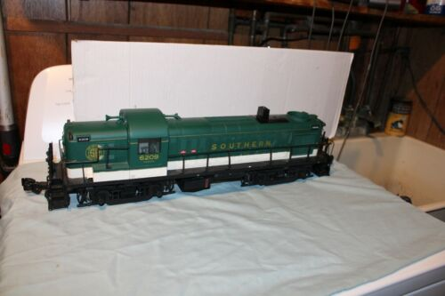 ARISOCRAFT G SCALE SOUTHERN  ALCO RS-3 DIESEL LOCOMOTIVE READ DETAILS BELOW