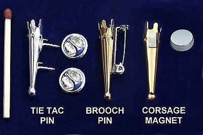 how to make a lapel pin holder