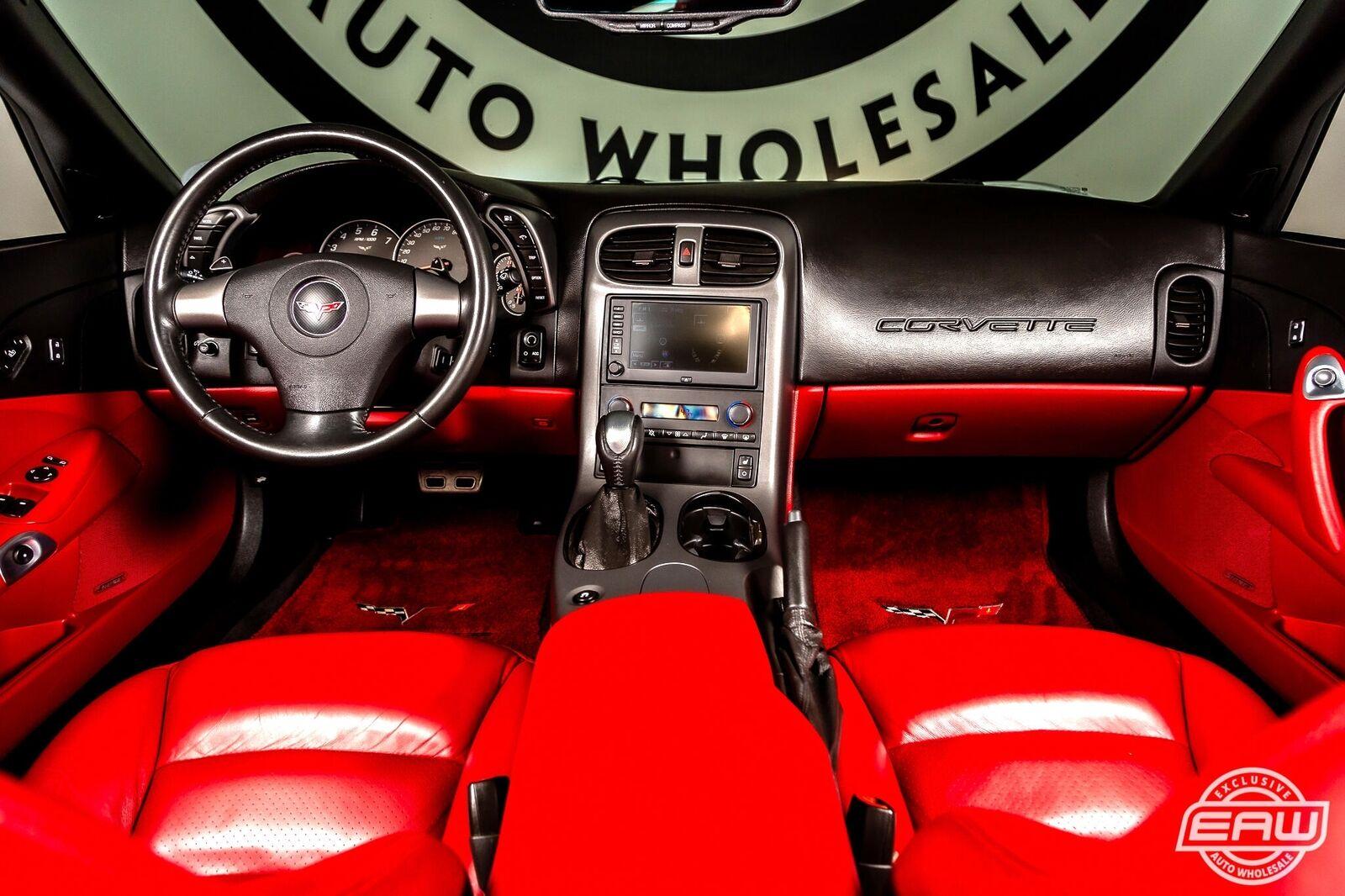 2006 White Chevrolet Corvette Convertible  | C6 Corvette Photo 3
