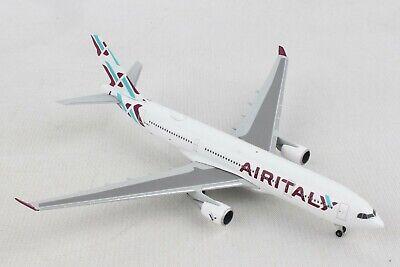 HE532624 HERPA WINGS AIR ITALY AIRBUS A330-200 1/500 DIE-CAST MODEL AIRPLANE