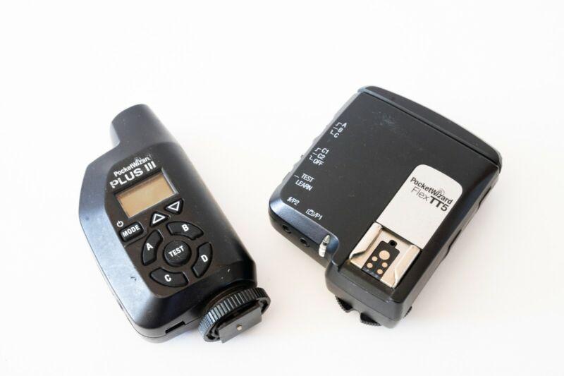 Pocket Wizard Flex TT5 Transceiver Radio for Canon and Pocket Wizard Plus III