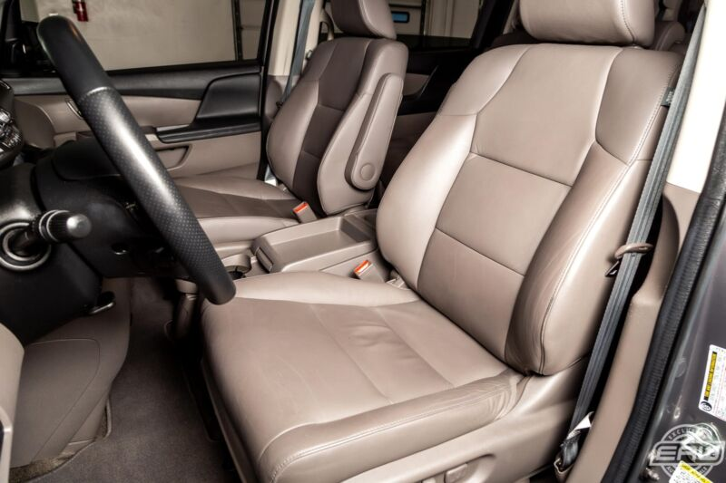 Image 5 Voiture Asiatique d'occasion Honda Odyssey 2013