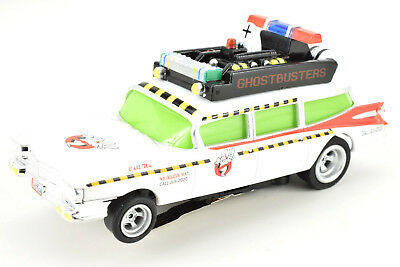 Auto World 4-Gear Ghostbusters Slimed Ecto-1 1:64 / HO Scale