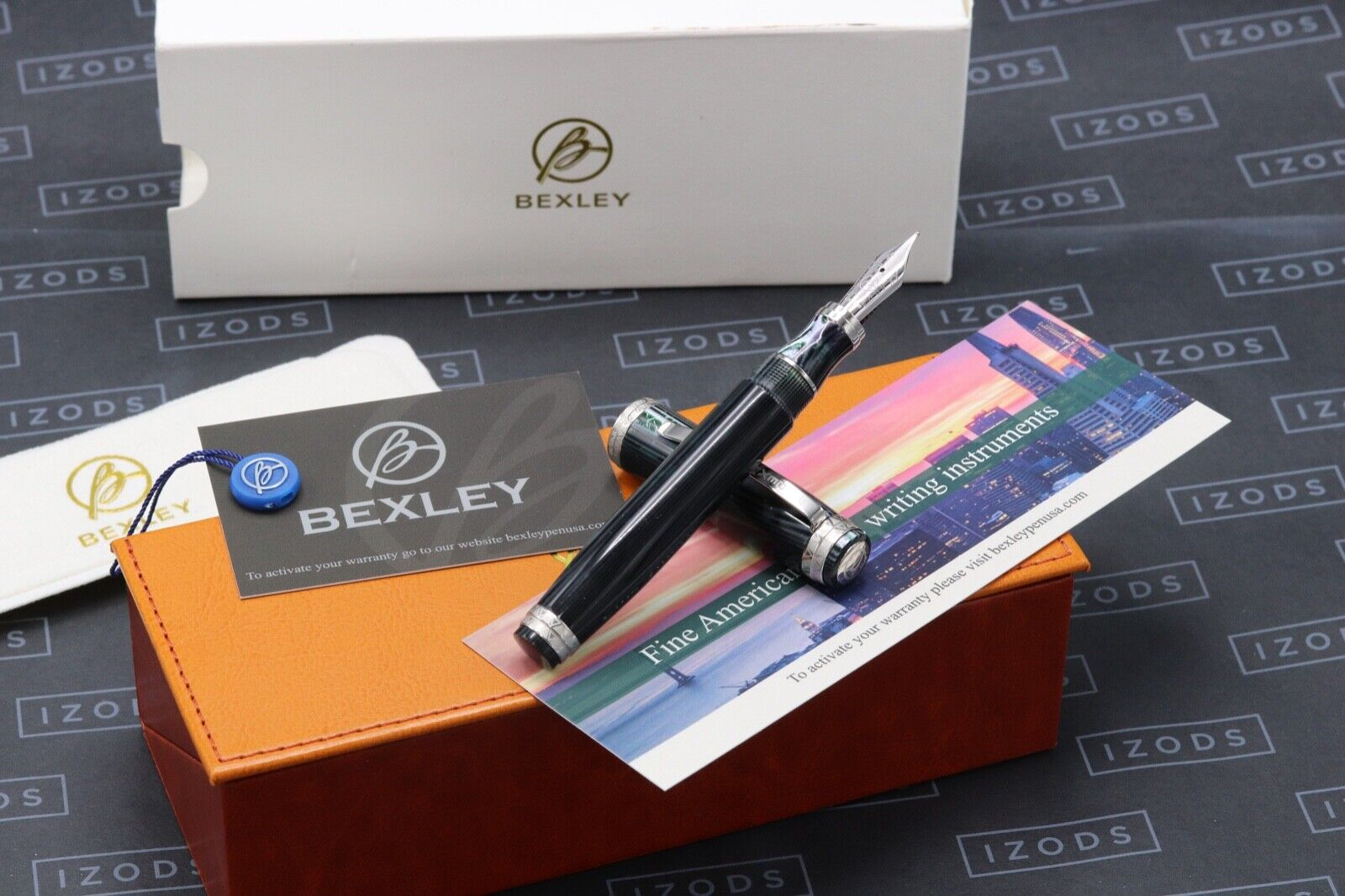 Bexley Golden Age Triangles Arco Verde Limited Edition Fountain Pen