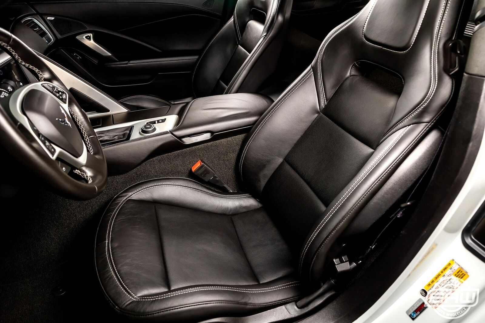 2014 White Chevrolet Corvette Coupe 1LT   C7 Corvette Photo 5