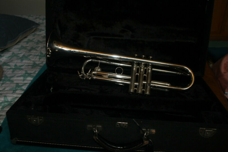 Trumpet   Gozzo   Professiional model MADE IN FRANCE--excellent