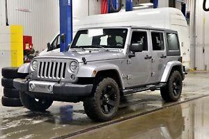 2016 Jeep WRANGLER UNLIMITED SAHARA * 2 TOITS * ECRAN 6.5 * GPS