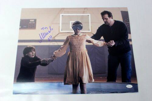 Millie Bobby Brown SIGNED STRANGER THINGS 16x20 Photo Eleven Autograph JSA COA X