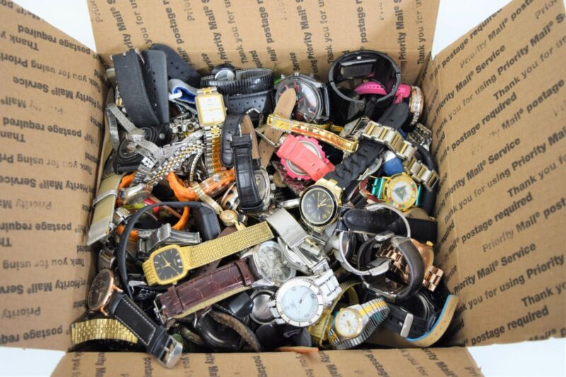15+ Pounds Watches for Parts or Repair Fashion Sports Casual Vintage