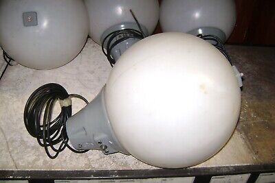 ROUND  BALL LIGHTS LEDS FITTINGS  X 4