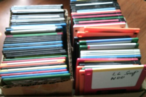 """Mixed Lot of 80 Used Floppy disks 3.5"""" 3-1/2"""" 1.44MB High Density HD and Labels"""