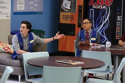 SUPERSTORE - TV SHOW PHOTO #144