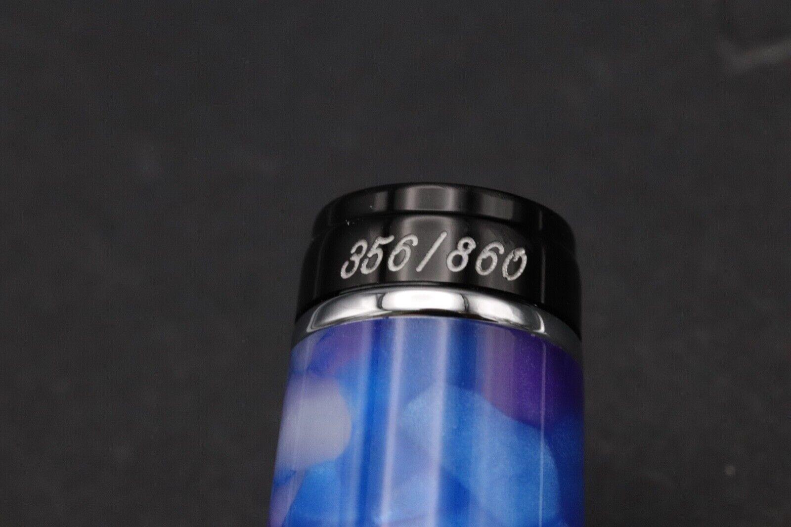 Aurora Optima Caleidoscopio Luce Blu Fountain Pen - NEVER INKED 7