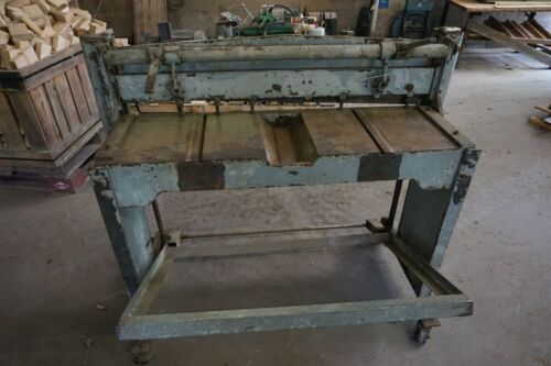 "42"" Sheet Metal  Foot or Jump Shear on casters"