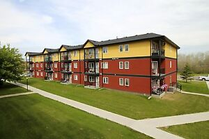 YORKTON | 2 Bedroom Apartment at 54 Allanbrooke | Avail July 1st